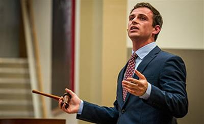 Young gun kicks off auctioneering career